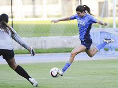 15_Womens-Soccer_1