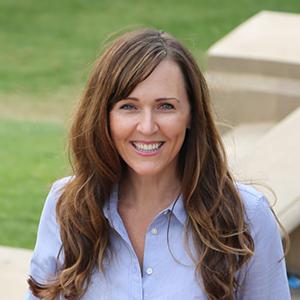 Emily Taylor, MBA '08